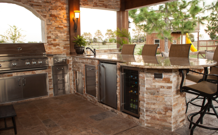 Outdoor Kitchen Setting